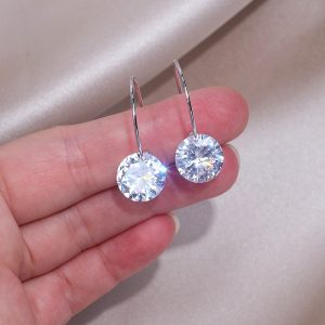 Classic Design Clear Cubic Zircon Earring